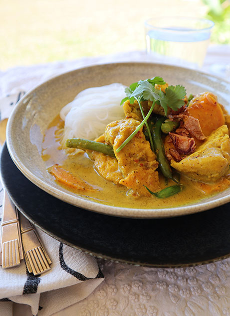 Yellow Curry with Tofu and Sweet Potato - Zest Byron Bay
